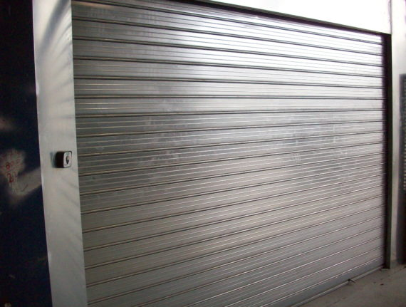 Steel rolling gates